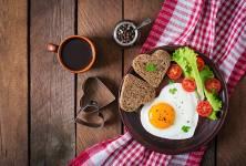 Vejce a vliv na zdraví: Vajec se nemusíte bát! Proč je dobré je častěji zařadit do jídelníčku?